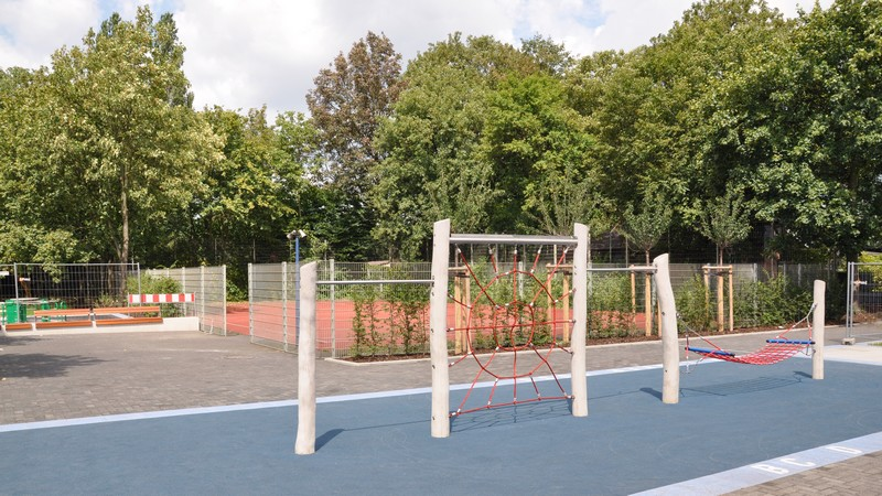 Klettergerüst Schule : Bilder der lvr christy brown schule duisburg